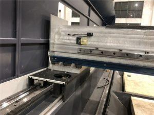 mașină de tăiat cu laser cu fibre de precizie de dimensiuni mici, poziționare automată de 800 watt